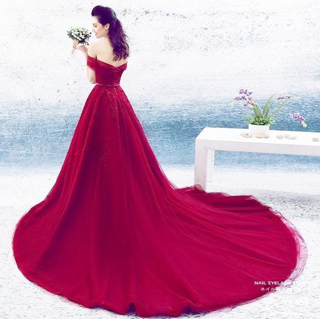 显白又美艳,葡萄酒红美甲真的是谁也抵挡不了!